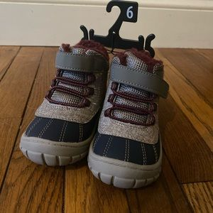 NWT winter boots
